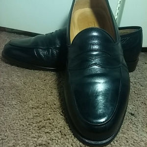 Johnston & Murphy black penny loafer 10D Italy